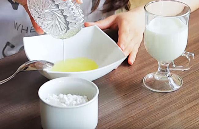 Полезные свойства масла шиповника - разглаживаем морщины